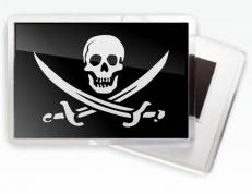 Магнитик с черепом «Пиратский» фото