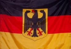 Флаг Германии с гербом фото