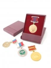 Футляр пластиковый для медали на прямоугольной колодке фото