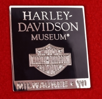 "Магнит ""Музей Харлей-Дэвидсон, Милуоки"""