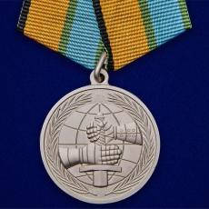 "Медаль МО ""За вклад в развитие международного военного сотрудничества"" фото"