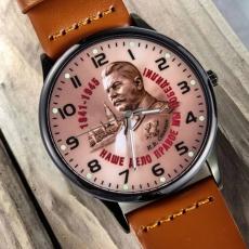 Наручные часы «И.В. Сталин - Наше дело правое!» фото