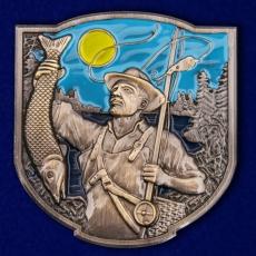 Сувенирный жетон рыбака фото